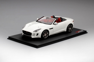 JAGUAR F-TYPE Convertible Polaris White (999 ex)