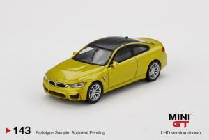 BMW M4 (F82) Austin Yellow Metallic LHD 1/64